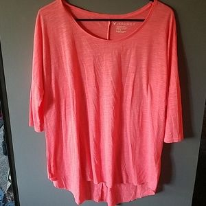 American Eagle Short Sleeve Coral Jegging T